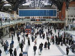lLONDRA iverpool-street-station.jpg